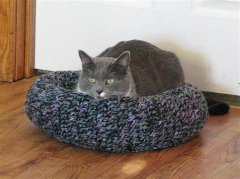 cat bed pattern 17 best images about crocheted for cats on pinterest