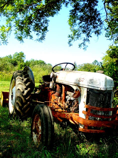 classic tractor wallpaper old tractor wallpaper wallpapersafari