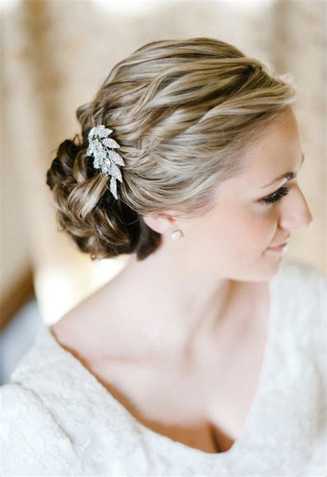 Wedding Hair Accessories by How To Choose A Wedding Hair Accessory Bridalguide