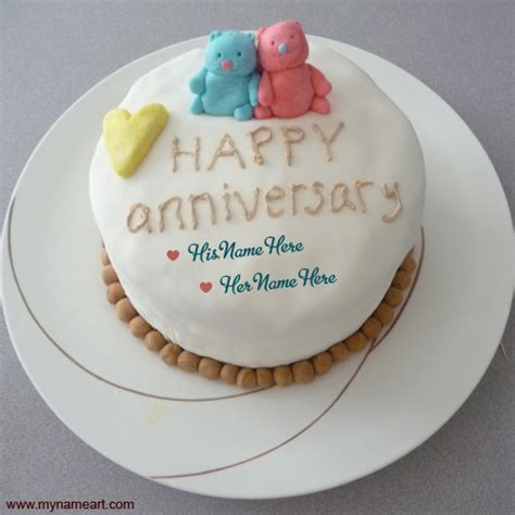 1st Wedding Anniversary Quotes On Cake by Write Name On Wedding Anniversary Doll Cake