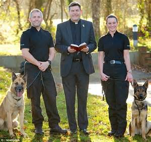 Burglars Police Dog Handlers Marry After Falling In Love While