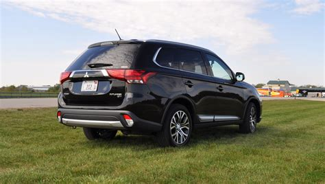 mitsubishi outlander 2016 review 2016 mitsubishi outlander 3 0 gt s awc review