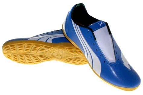 Sepatu Sport Bulutangkis Airquila Original Hitam Berkualitas 1 gudang sepatu branded sepatu futsal