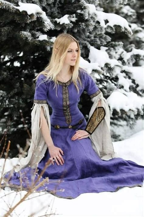 Basic Dress Laila the world s catalog of ideas