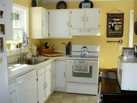 yellow kitchen with white cabinets 17 best images about kitchen ideas on pinterest yellow