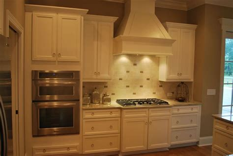kitchen oven cabinets 13 best images about ideas for the house on pinterest