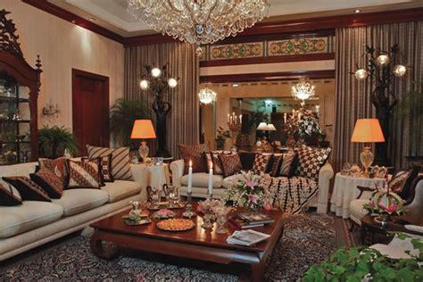 desain rumah etnik modern yang indonesia banget rooang