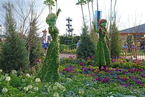 epcot flower and garden epcot flower and garden 2015 what to expect