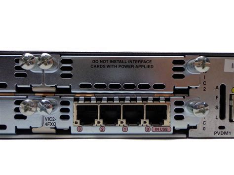 Router Cisco 2800 Series cisco 2811 2800 series router vic2 4fxo 128mb flash cisco2811 cisco systems indy surplus store
