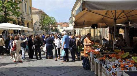 porto imperia news parte mercato settimanale di porto maurizio si sposta