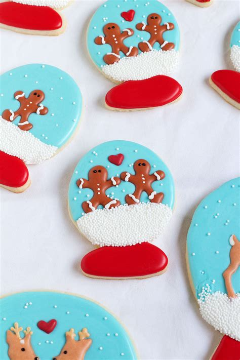 Royal Icing Cookie Decorating by Snow Globe Cookies The Bearfoot Baker