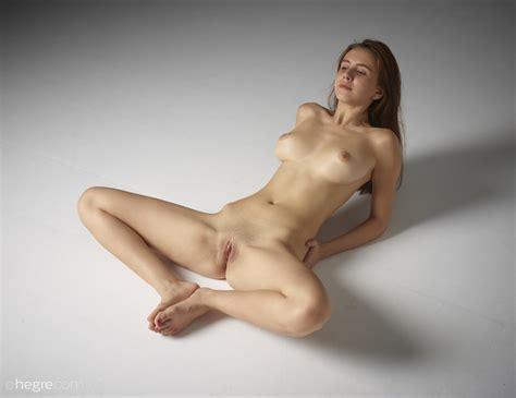 Alisa In Full Figure Nudes By Hegre Art Photos