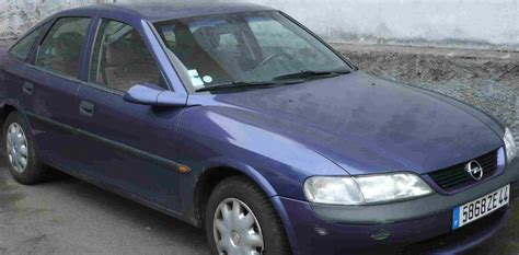 opel vectra 1 7 turbo diesel photos and comments www