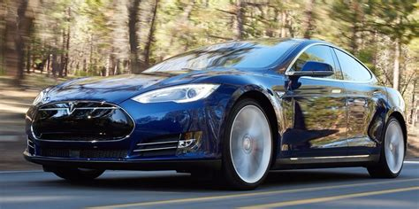 Most Popular Cars In The Us by Tesla S Model S Outsold The Nissan Leaf Business Insider