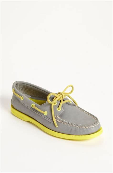 sperry top sider authentic original leather boat shoe in