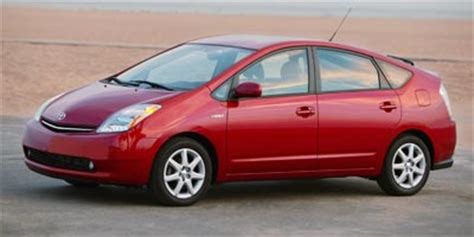 toyota plug in hybrid coming by 2010
