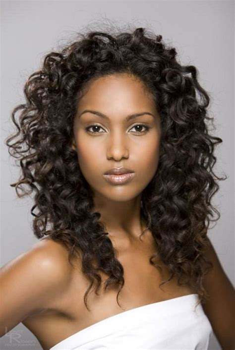 hair weave style for ovale face women afro hairstyles to suit face shapes at afro hairdressers