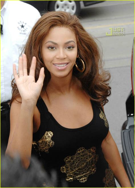 Beyonce Solange And Tina Launch The Dereon Juniors Line In Canada by Beyonce Launches Dereon For Juniors Photo 532681