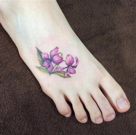 33 amazing foot tattoos that don t stink tattooblend
