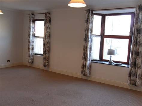 2 bedroom flat to let large two bedroom flat to let in wingate the online