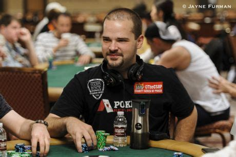 five tips for playing your first world series of poker