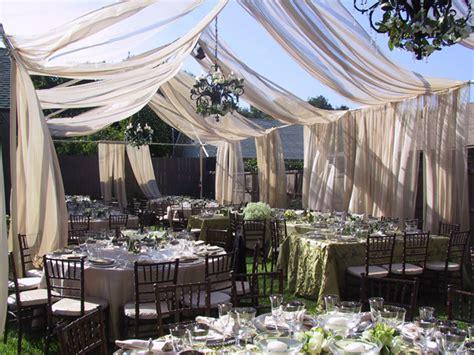 tips backyard wedding