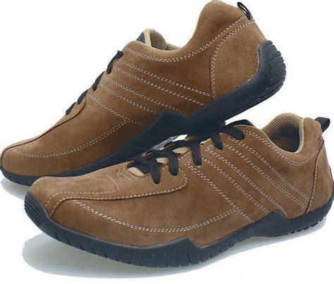 Free Ongkir Sepatu Boot Gagah Pria Adidas Whiskey Safety sepatu kets pria soga bsn 119