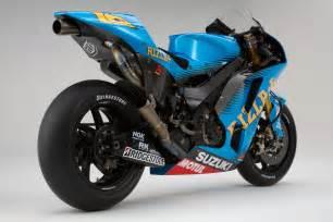 Suzuki Racer Bike 2011 Rizla Suzuki Gsv R Motogp Race Bike Unveiled