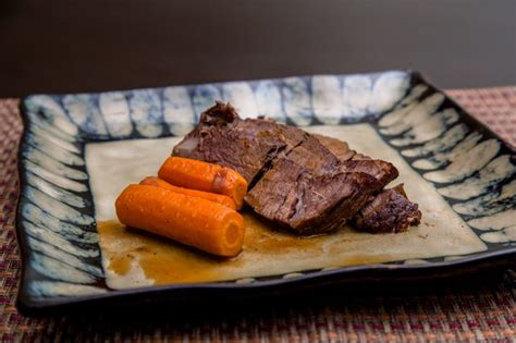 how to cook pot roast in the oven leaftv