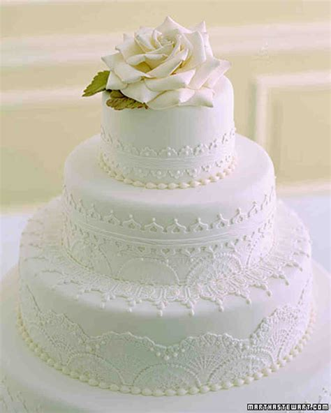Martha Stewart Weddings by Traditional Wedding Cakes Martha Stewart Weddings