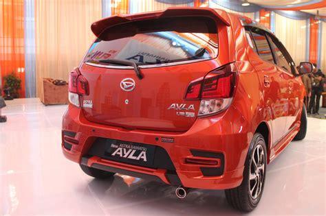Lu Led Mobil Ayla harga dan spesifikasi new daihatsu ayla 1 2 liter mobil
