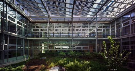 patio interior que significa ecoproyecta el edificio del bolet 237 n oficial de la regi 243 n