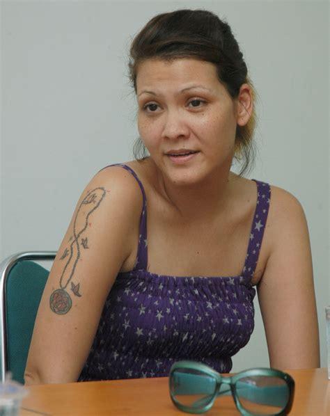 cerita mesum tato artis wanita indonesia