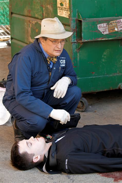 how did gibbs get the boat out of the basement 9x19 the ncis photo 29807311 fanpop