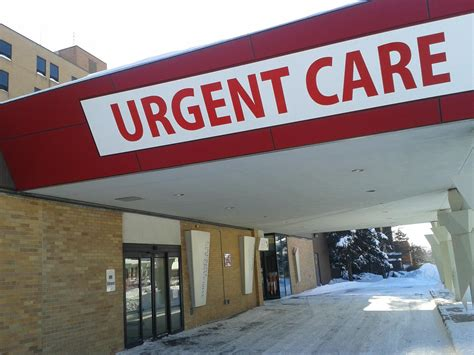 urgency room hours gallery for gt urgent care sign