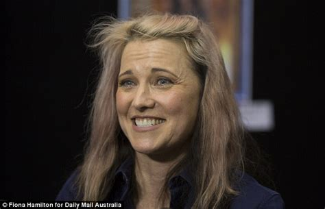 lucy lawless how old is she lucy lawless greets fans at oz comic con 20 years after