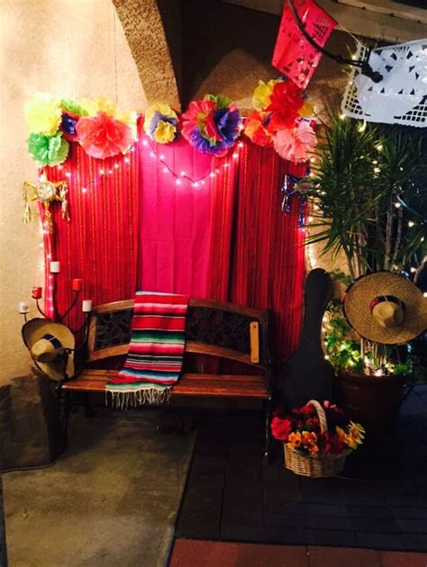 photo themed party mexican fiesta photo booth party theme ideas pinterest