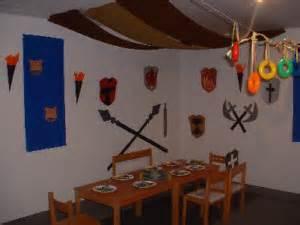 ritter dekoration dekoration f 252 r ein ritterfest feste tischdekoration und