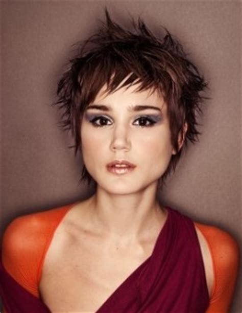 thick short razor haircuts for women 10 short choppy fluffy hairstyles for women hairstyle