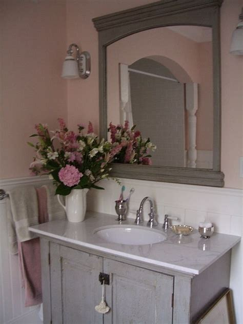 Wainscoting Ideas Bathroom by 17 Best Ideas About Beadboard Wainscoting On