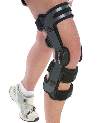 best basketball shoes for knee support best ankle brace for basketball all basketball scores info