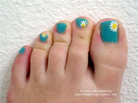 mature toenail polish colors 2015 appropriate toenail color for mature women 2013 toenail