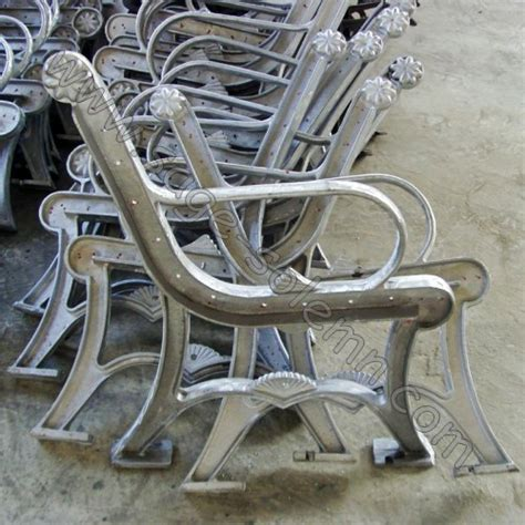 metal park bench legs cast aluminum metal park bench leg buy bench leg cast