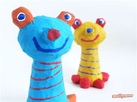 Paper Mache Crafts - mollymoocrafts papier mache crafts for frog to