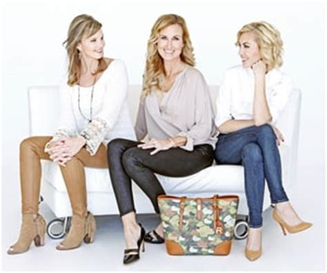duck dynasty wifes hair cuts duck dynasty wives partner with dooney and bourke on