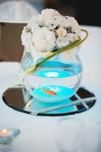 centre de table vase boule poisson et composition