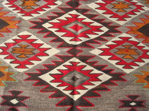 navajo rug american american indian and navajo rugs and textiles at pocas cosas mexican and american