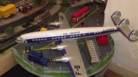 santa fe layout youtube o gauge railroad layout lionel santa fe super chief ft