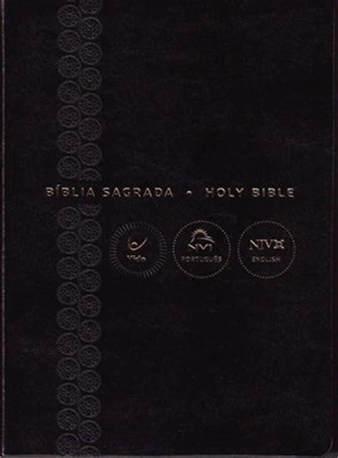 nvi niv biblia bilingue tamano b 237 blia nvi bil 237 ngue portugu 234 s ingl 234 s capa preta e beiras douradas 9788000003535 niv new
