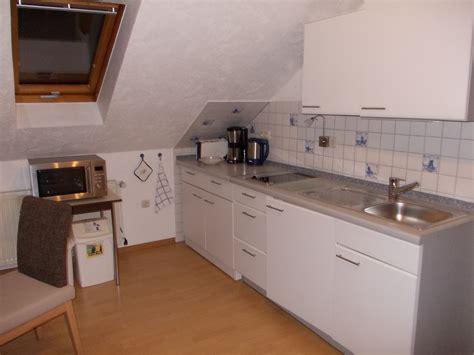 Küchenzeile Mit Herd Und Spülmaschine by Ferienwohnung Urlaub In T 246 Nning An Der Nordsee